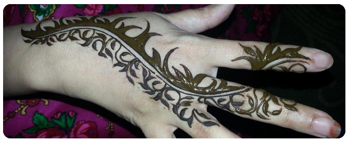 Henna Painting in dubai, deset safari dubai, desert henna dubai, henna dubai, henna paint dubai, dubai henna paint - 05
